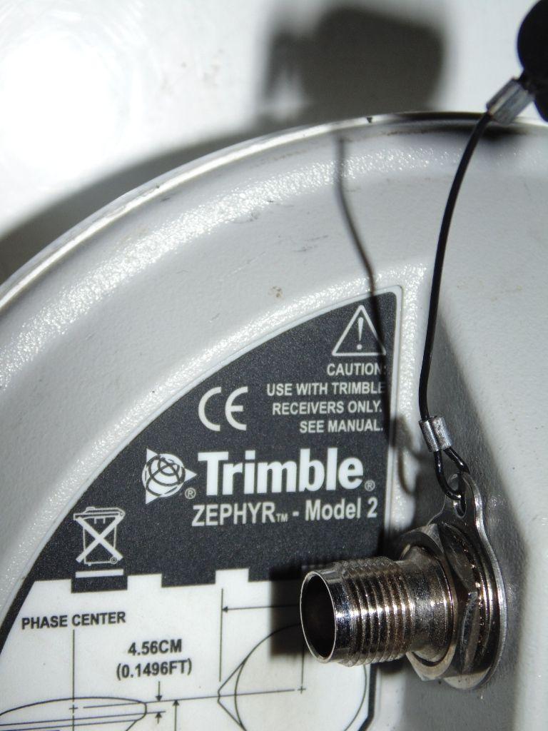 Trimble Gps Geoxh Geoexplorer 2008 Series Zephyr Model 2