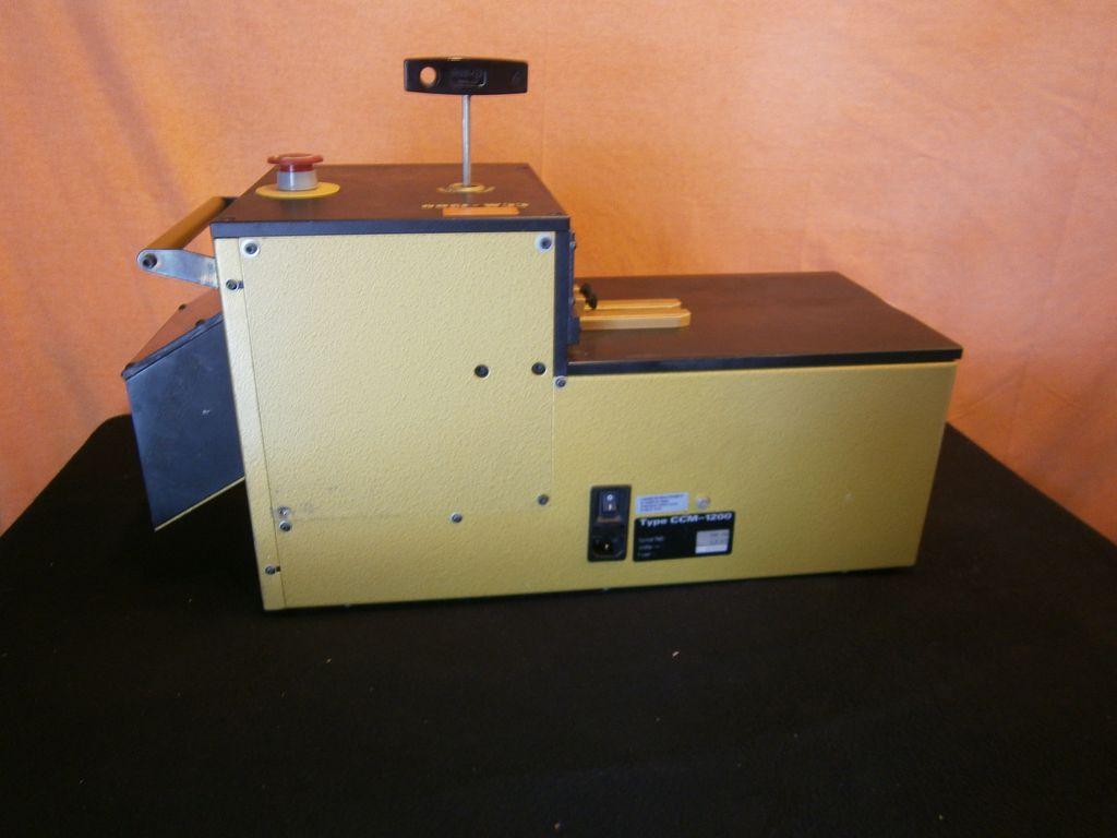 universal cable machine